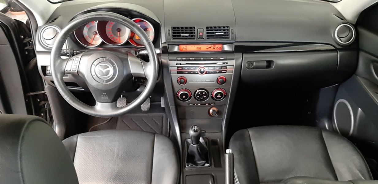 Mazda 3 MZ-CD Exclusive 1.6 D 110 CV