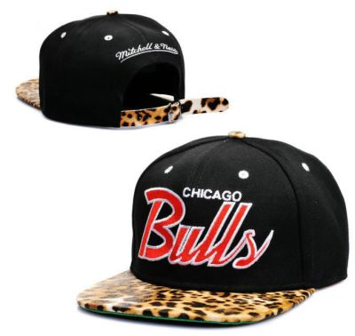 Boné Chapéu Chicago Bulls Leopardo Vintage e495c9bc4da