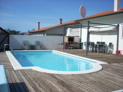 Moradia com 3 quartos e piscina na marinha grande silver for Piscina 5x4